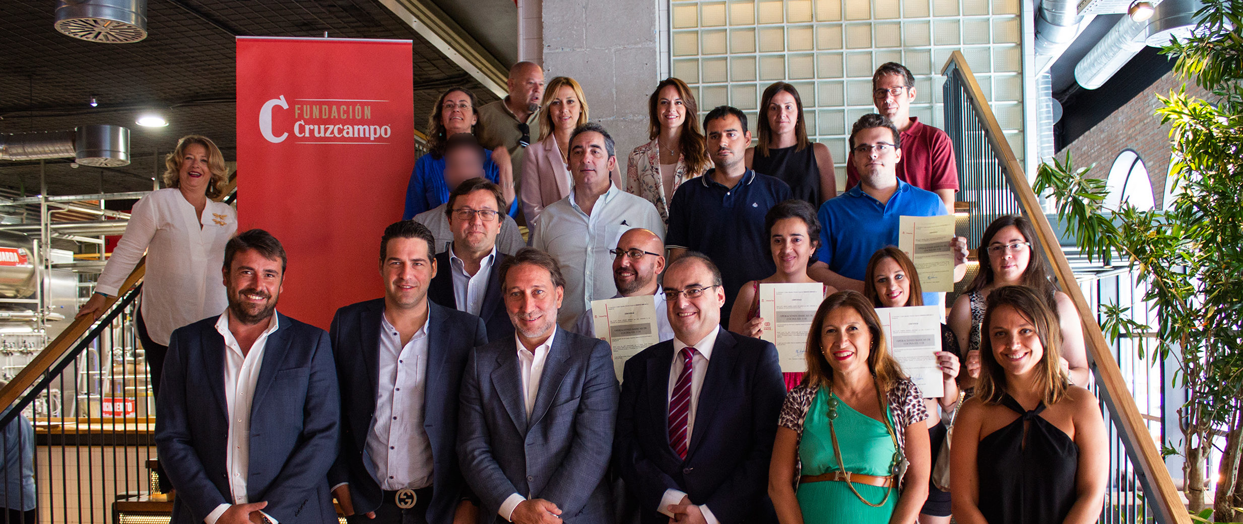 Fundacion Cruzcampo and Fundacion ONCE Collaborate On a Cooking Course at La Fábrica Microbrewery's Malaga Restaurant