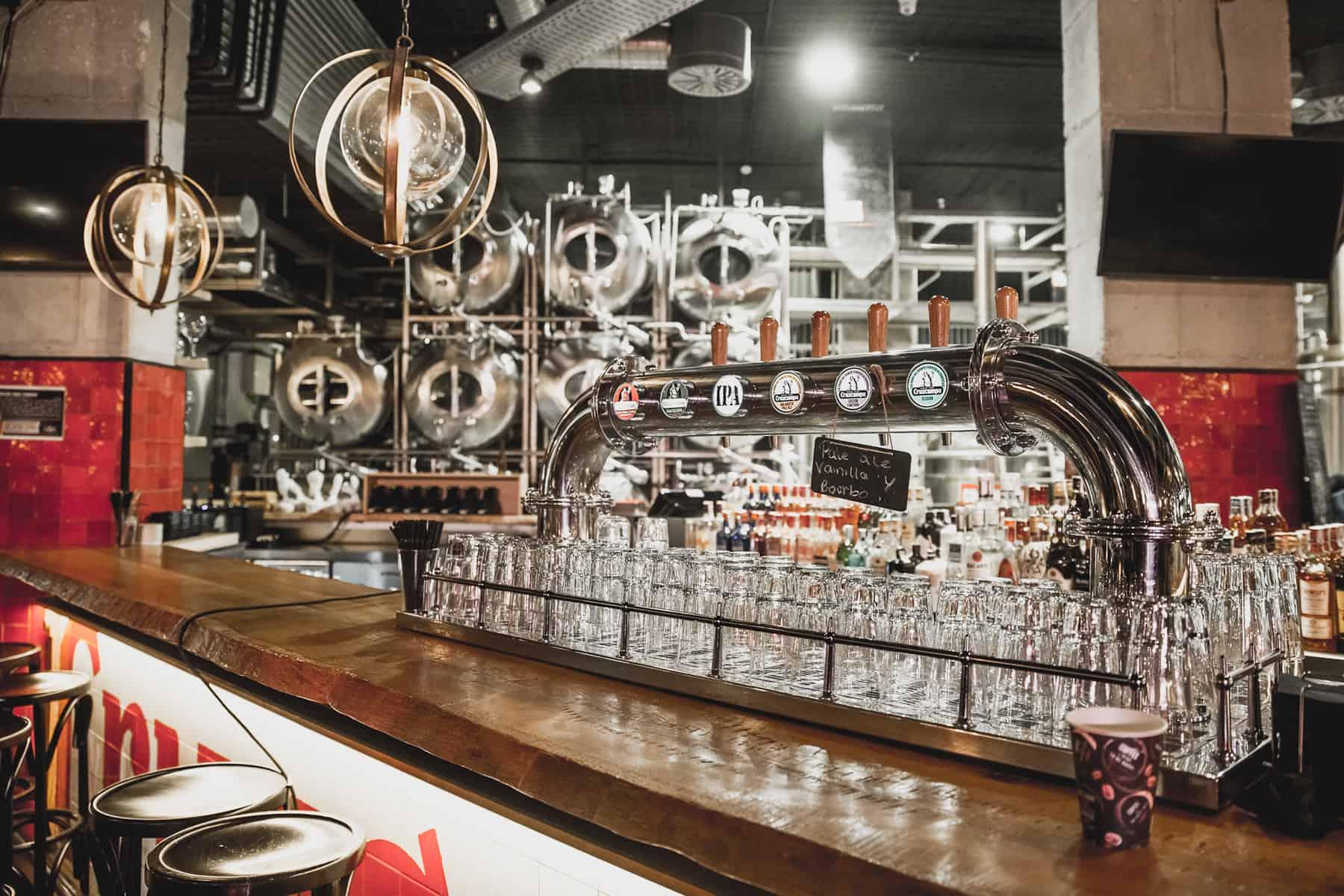 Fábrica de cerveza Cruzcampo en el soho de Málaga